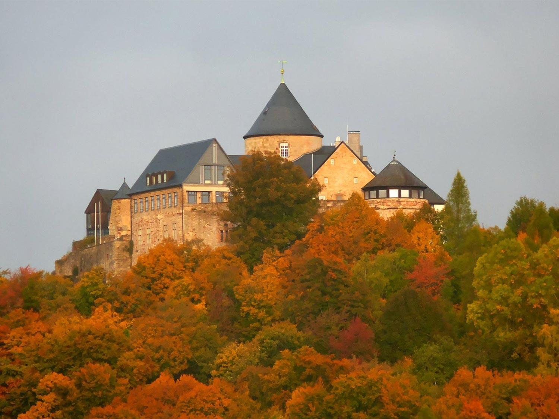 Schloss Waldeck Nationalpark Kellerwald Edersee2 1500x1125 1 - günstige Ferienwohnungen 200m bis Nationalpark Kellerwald-Edersee