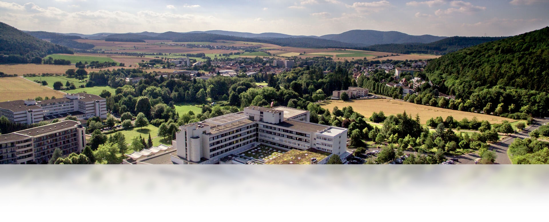 werner wicker klinik - günstige Ferienwohnungen 200m bis Nationalpark Kellerwald-Edersee